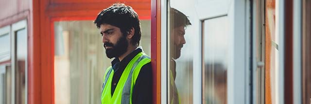 درباره فیلم کوتاه «عوارض خروج» به کارگردانی محمد نجاریان داریان