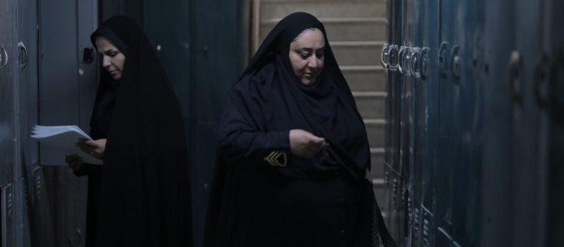 فیلم-کوتاه-حلقآویز-به-کارگردانی-رقیه-توکلی